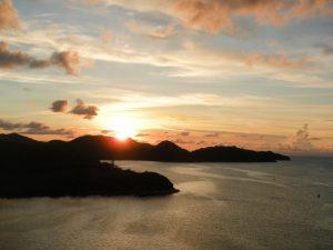 Adios a Antigua desde el Costa Luminosa