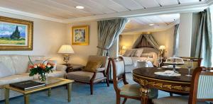 Suite Penhouse. Oceania Cruises