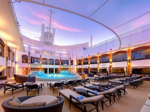 Reformado_NCL_Norwegian_Epic_The_Haven_Pool