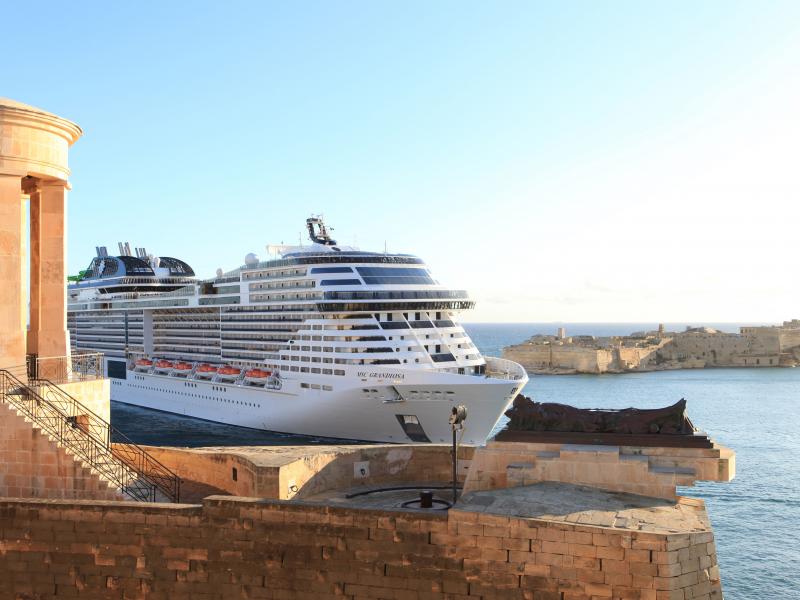 MSC Grandiosa y MSC Magnifica los cruceros que vuelven a surcar el mar